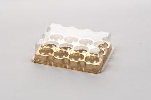 Ref. 48/530 3 x 4 caviteiten Pet A goud/helder 300 my Buitenmaat: 150x115x35 mm